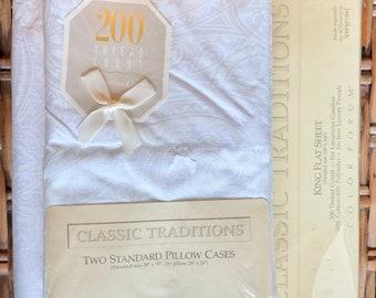 Vintage King Sheet Set - All White Bed - Paisley Design - Monochromatic - King Fitted - King Flat - Standard Pillowcases - White on White