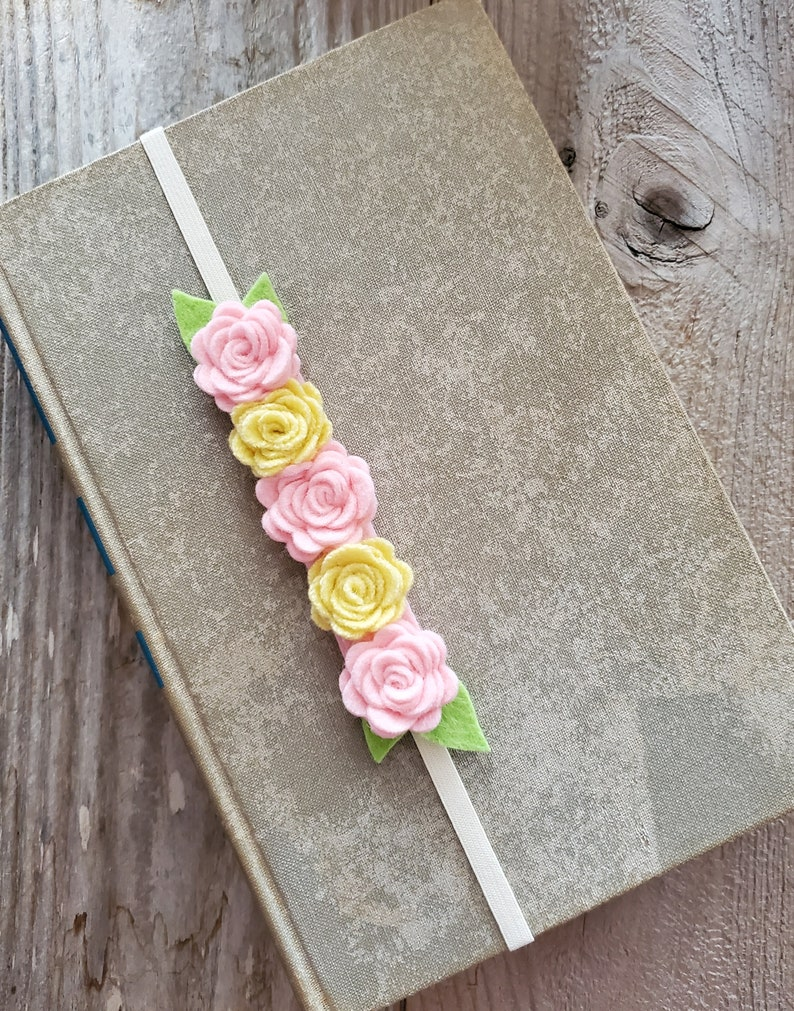 Reader Gift Flower Bookmark Elastic Book Band With Wool Felt image 0
