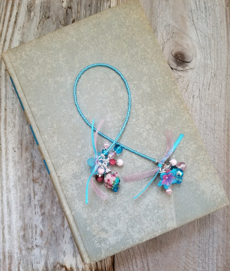 Book Lover Gift Bookmark Beaded Book Thong Bookworm Gift image 0