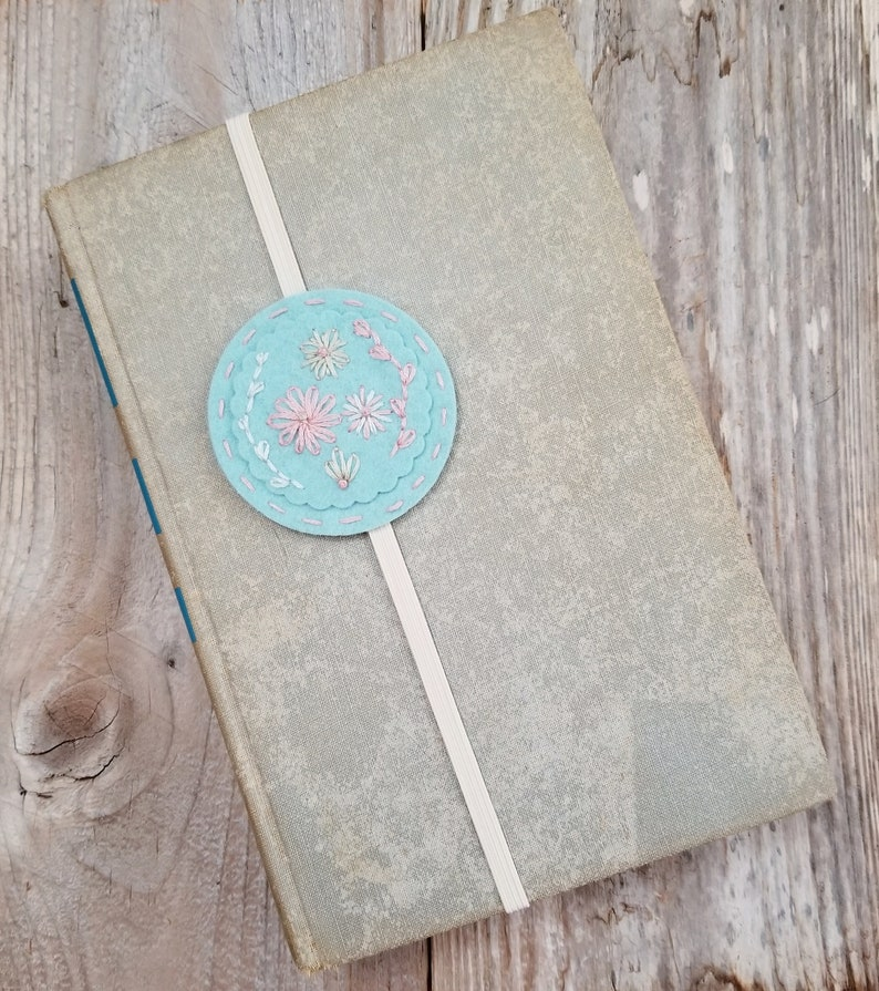 Felt Flower Book Band Bookmark for Books Hand Embroidered image 0