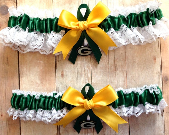 Green Bay Packers Wedding Garter Set with charms Lace