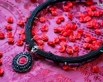 Gothic Rose Necklace - Black Spike Necklace - Rose Thorn Necklace - Goth Rose Pendant - Gothic Rose Necklace - Red Rose Necklace