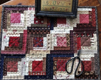 Small Quilt PATTERN - Easy Log Cabin Doll Quilt