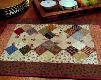 Pattern   Harvest Table Runner, Doll Quilt