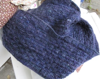 Hand Knit Cowl/ Birthday Gift, 100% Merino Wool, Hand Dyed, One of a Kind / Blueberry Blue