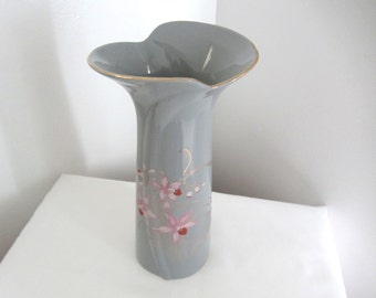 Gray And Pink Fine China Vase With Gold Trim. Made In Japan