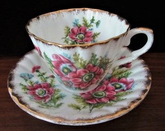 Gladstone Bone China Floral Tea Cup And Saucer Set. Made In England