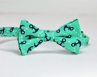 Mint and Navy Anchors Boy's Bowtie, Nautical Bow Tie, Mint Tie, Toddler Bowtie, Baby Bowtie, Preppy Boy's tie
