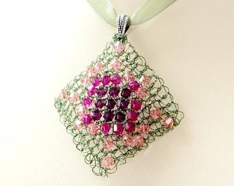 Diamond Wire Knitted Pendant - Knitting Pattern PDF