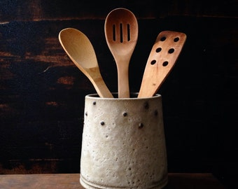 MADE To ORDER~ rustic utensil holder. White crater glaze with black dots. By sara paloma