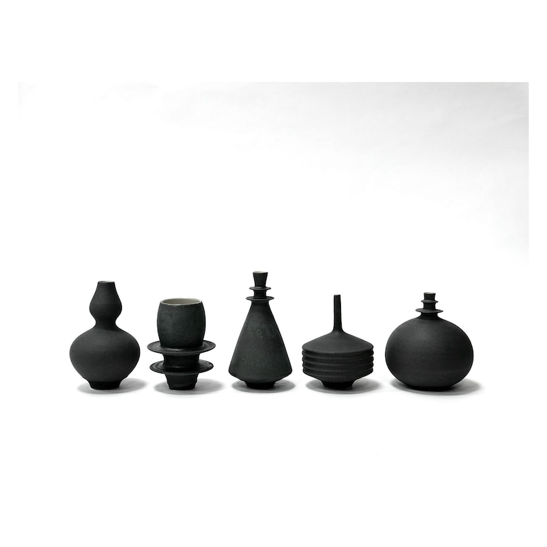 MADE TO ORDER set of 5 Small stoneware vases in black Matte image 0