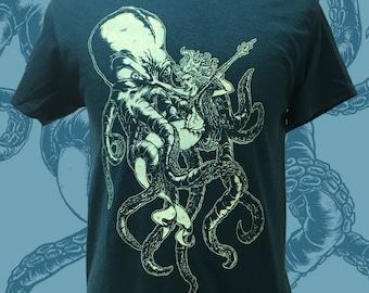 OCTOPUS vs MERMAID Mens Tee - Gildan T shirt