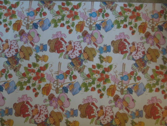 Items Similar To Vintage Strawberry Shortcake Wallpaper On Etsy