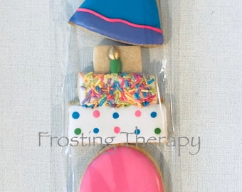 Decorated bagged cookies in variety of themes. Birthday, wedding, baby, teachers, baptism, thank you, graduation & more.  CUSTOMIZED for you