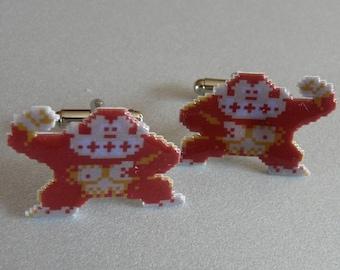 donkey kong Cufflinks // Video Game Cufflinks // Geek Wedding Cufflinks // Gamer Wedding Cuff Links // Groomsmen Gift