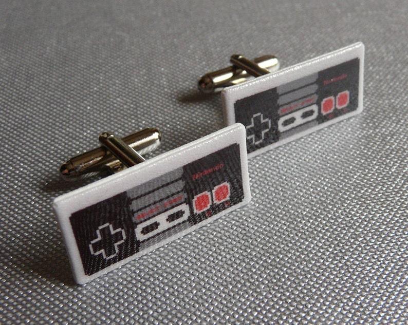 nintendo controller Cufflinks // Video Game Cufflinks // Geek image 1