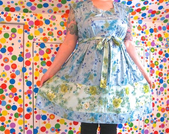 RiotLady Dress -- real plus size 26 / 28 / 30W -- vintage 70s blue & green floral print nylon knits -- belt, pockets -- 58B-55W-64H