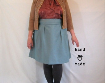 Flatterer Skirt - 50 inch waist, plus size, women's skirt, handmade in taupe and turquoise dot vintage fabric -- 50W-62H
