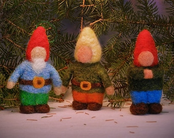Needle Felted Gnome, A Little Traveling Gnome, your Doll House Gnome, Waldorf Gnome, Tiny Gnome -- Handwork Studio