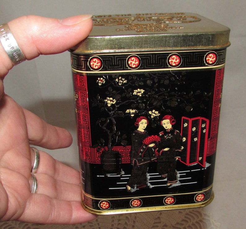 Vintage Asian Design Tea Tin from Murchie/'s in Canada Made in England 1978