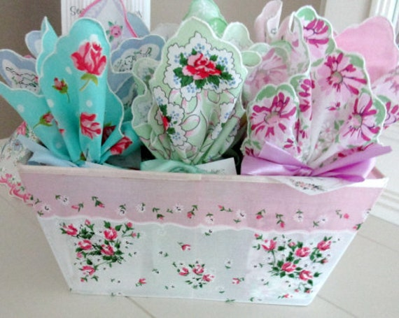 Sentiment Hankie Soap Favors