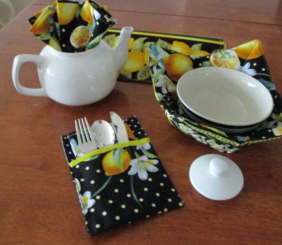 Utensil Holder Place Setting