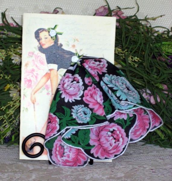 Cleaning House Pinup Girl  Keepsake Hanky Card