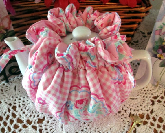 Pink Check Wrap-around Tea Cozy