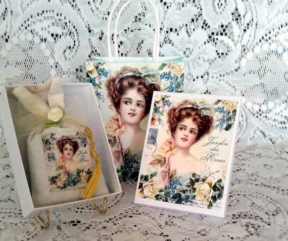French Lady of the Roses Sachet