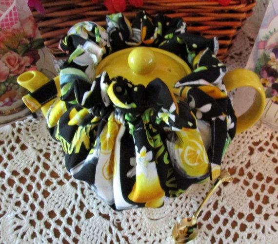 Lemonade Wrap-around Tea Cozie