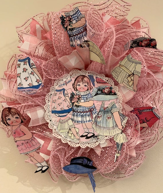 Dolly Dingle Deco Mesh Paper Doll Wreath