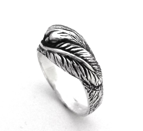 Fur and Feather Ring - Wolf Paw and Crow Feather - Sterling Silver Animal Ring - Feather Ring - Handmade - Gift for Her - Gift For Him 143