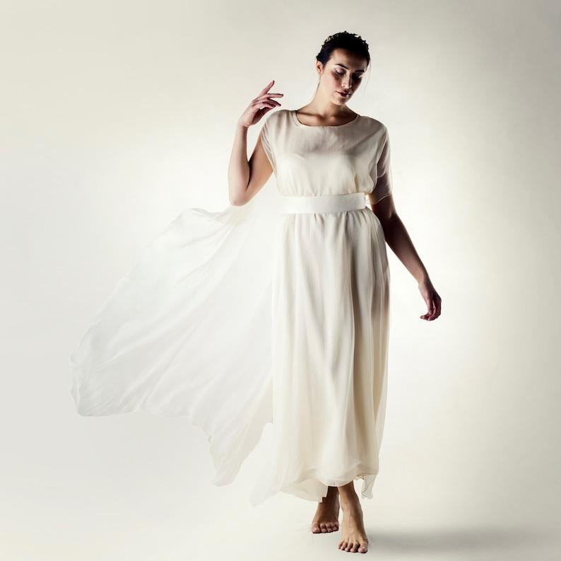 Pagan Wedding Dresses.Celtic Wedding Dress Plus Size Wedding Dress Pagan Wedding Dress Casual Wedding Dress Alternative Wedding Dress Convulvulus