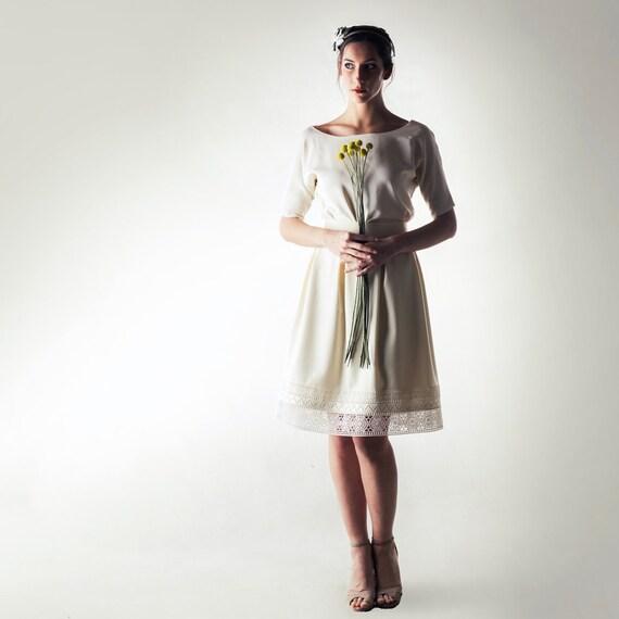 e59754e17c27 Short Wedding dress Long sleeve wedding dress Winter Wedding