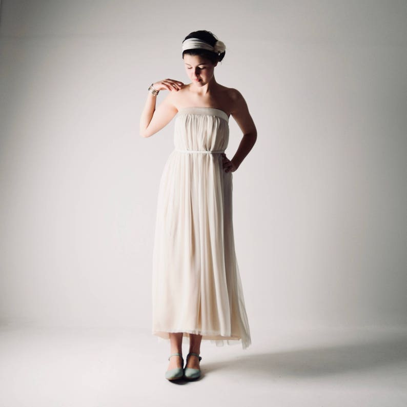 b88db938473e Boho wedding dress Tea length wedding dress Strapless