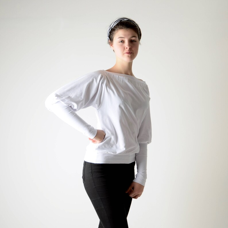 Larp Jersey top Boat neck top Women clothing Grey long sleeve blouse Long sleeved top Winter clothing White sweater Medieval blouse