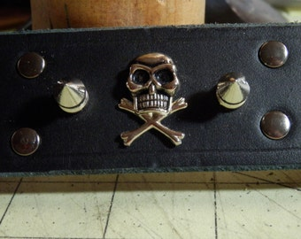 Skull and Spikes Wristcuff