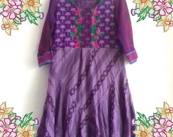 M - L  Bohemian tunic dress in purple with embroidery.  Upcycled Refashioned Preloved Refashion Recycled Clothing Medium - Large