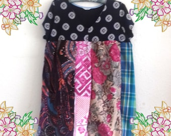 XL 1X  Patchwork tunic dress /smock top.  Upcycled Refashioned Preloved Refashion Recycled Clothing large