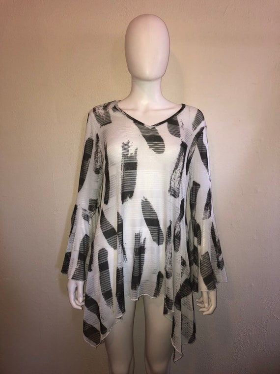 90s Black and white mesh blouse bell sleeves