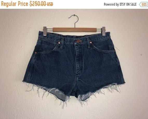 SALE Closing Shop SALE Wrangler Shorts, Jean cut o
