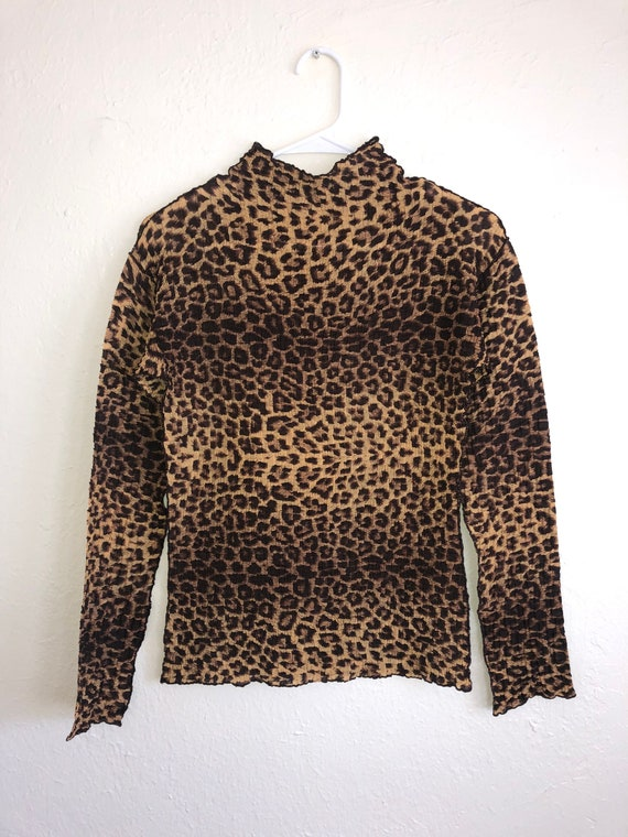 vintage 90's animal print cheetah leopard shirt to