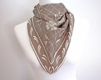 vintage designer silk scarf taupe floral scarf windowpane neutral colors tawny brown Monique Martin medium size square scarf, 30 inches
