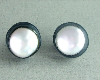 Pearl earrings, FWP earrings, Pearl studs, pearl and silver, wedding earrings,  wedding, weddings, bridal, bride, black and white