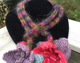 Purple Pinloom Flowers Knitted Lariat Necklace