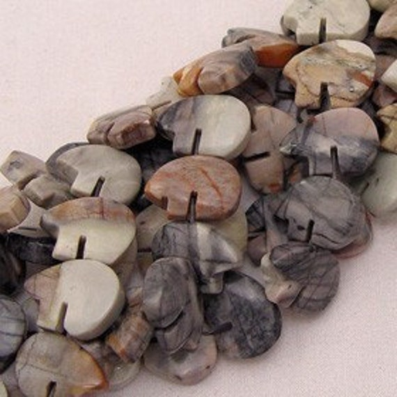 Natural Picasso Marble Zuni Bear Fetish Beads 5