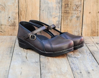 227bcc65e7d1d Us 10, Eu 41, Sanita clogs, leather Mary jane shoes excellent condition,  FREE SHIPPING