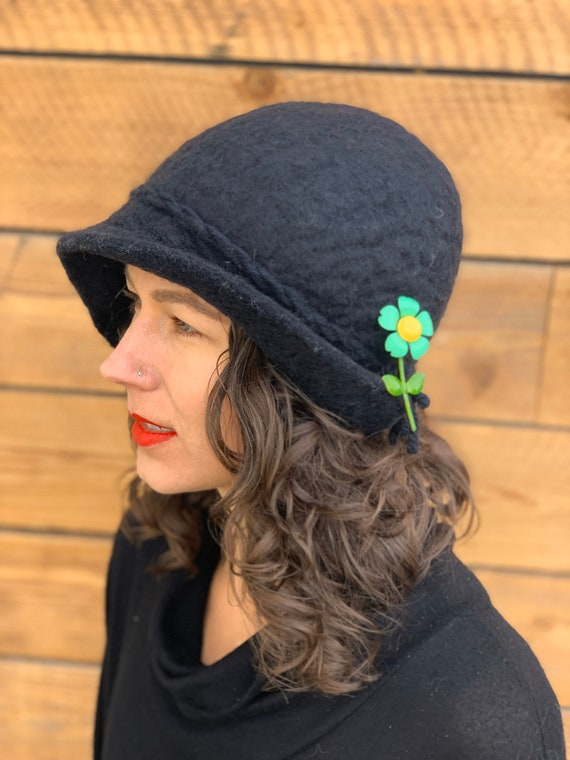 small, felted hat, cloche, winter hat, vintage win