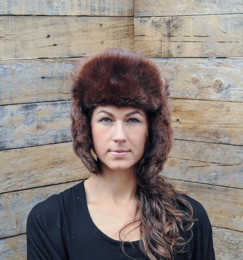 bac6a546e3b1b Small vintage fur hat winter hat made in RUSSIA excellent