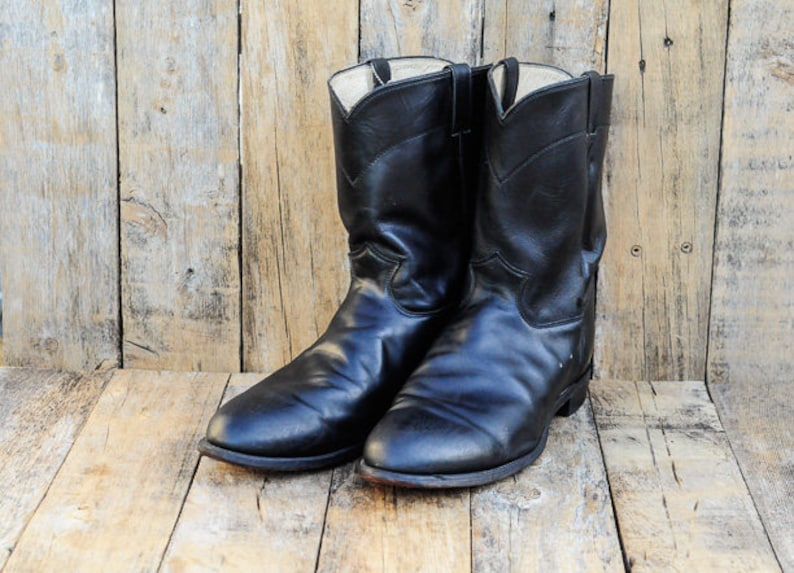 0a13c89a13b Us 16 Justin cowboy boots USA made in excellent condition